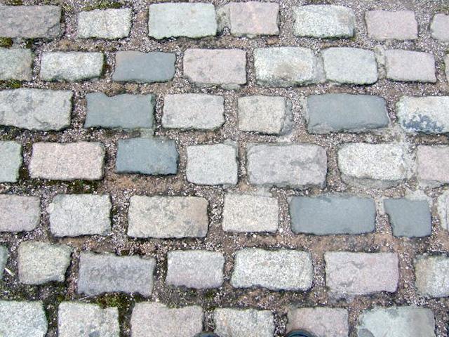 Tuin En Terras Tegels En Stenen.De Mogelijkheden Voor Bestrating In De Tuin En Het Terras